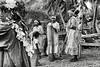 Danseuses de la tribu de Drueulu. Lifou/Iles Loyauté/Nouvelle-Calédonie