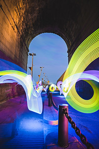 Light Painting Under the Eads