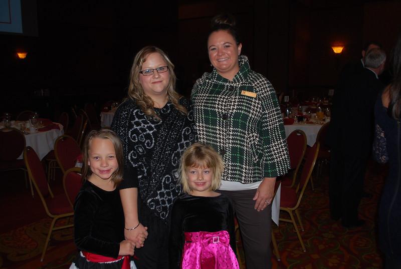 Kayslie Lyon, Elizabeth Lyon, Katelyn Lyon, Sylvia Norris