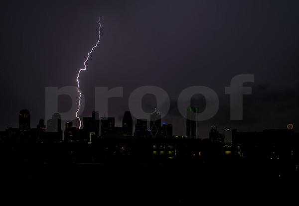 Lightening Photos Dallas