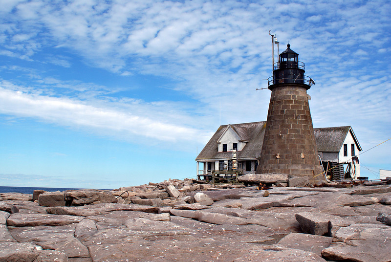 The light station was transferred to the COA under the Maine Lights Program in 1998 and is used as a whale watching station.