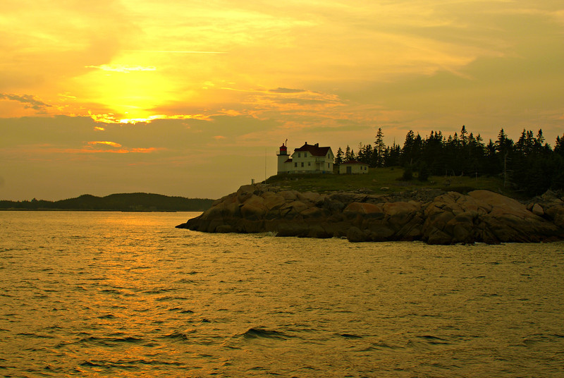 Sunset over Heron Neck Light
