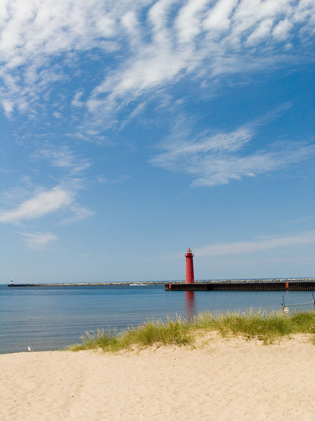 Muskegon South Pier Lighthouse