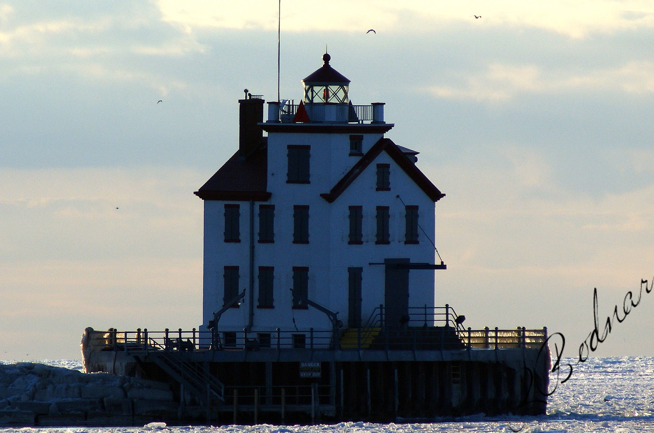 Photo By Robert Bodnar....................Lorain Lighthouse in a freeze