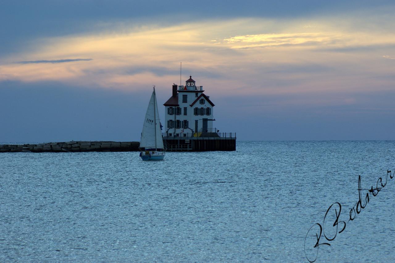 Photo By Robert Bodnar..............Lorain Lighthouse
