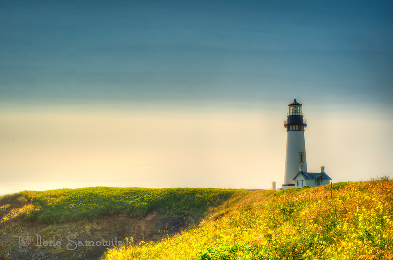 12-13-12 The Yaquina Head Lighthouse - <br /> <br /> Critiques Welcome