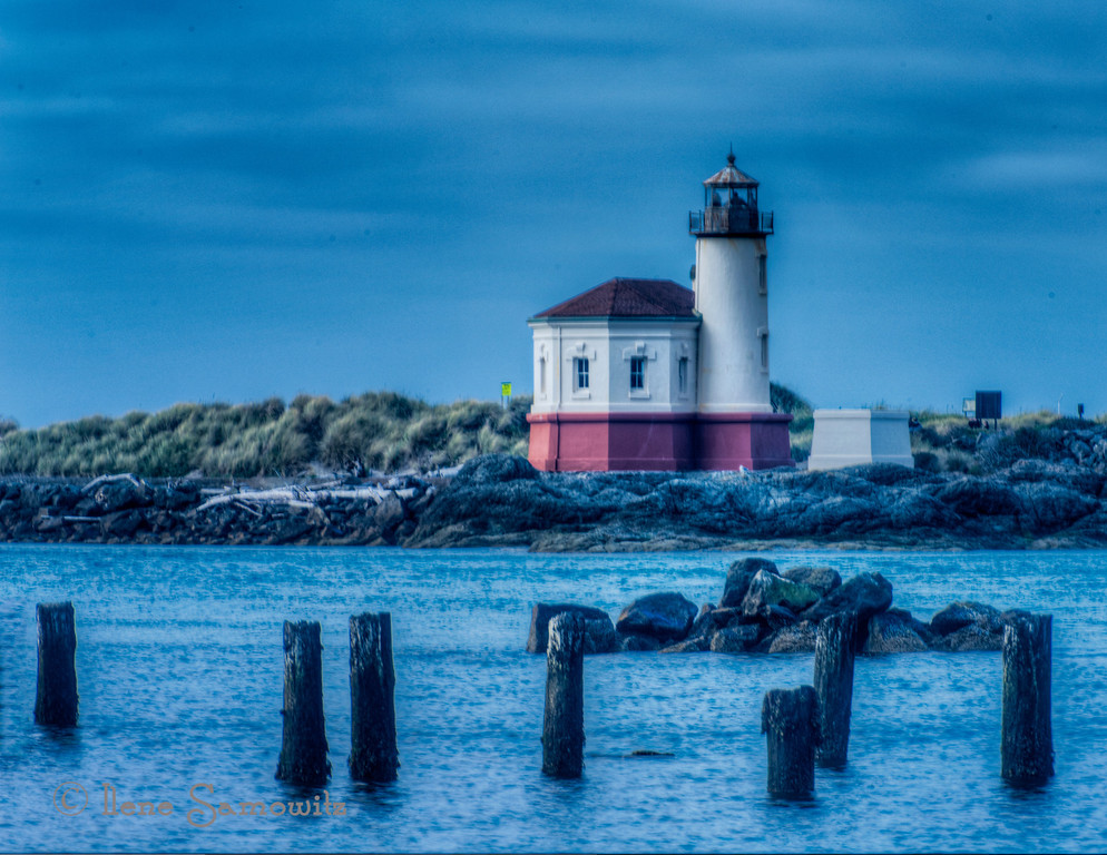 10-6-12 Coquille Lighthouse, Oregon.  Here is another in my series of this lighthouse in this picturesque location.  <br /> <br /> Constructive Feedback welcome and appreciated.