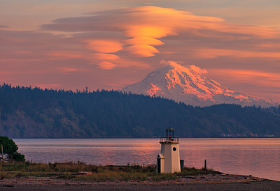 Lenticular clouds on Mount Rainier from Mom's house in Gig Harbor. HDR tonemapped