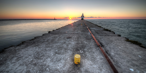 Kewaunee Pierhead Lighthouse