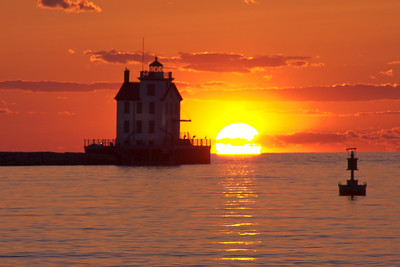 Lorain Lighthouse, Lorain Ohio, Lake Erie