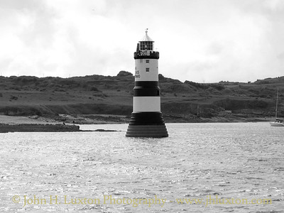 Trwyn Du Lighthouse, Anglesey - June 22, 2003