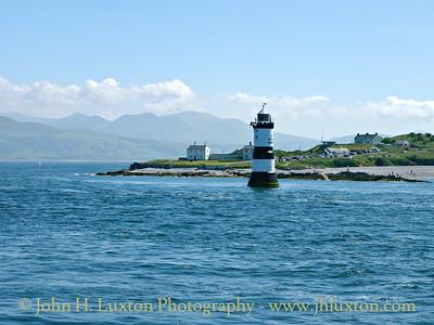 Trwyn Du Lighthouse, Anglesey - June 11, 2005