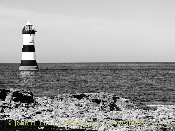 Trwyn Du Lighthouse, Anglesey - September 10, 2016