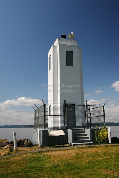 Browns Point Lighthouse