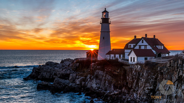 The Rising Sun at Portland Headlight