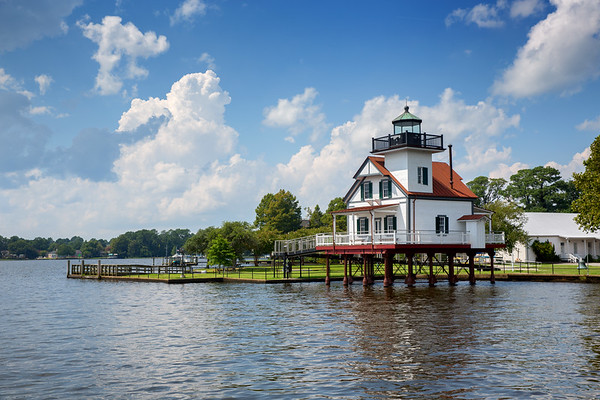 Roanoke River LIght