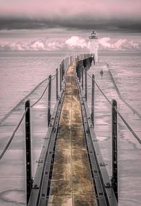 LakeMichiganLighthouse_Breakwater_02-260B