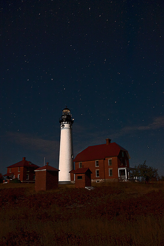 Au SablePoint Lighthouse under the Stars