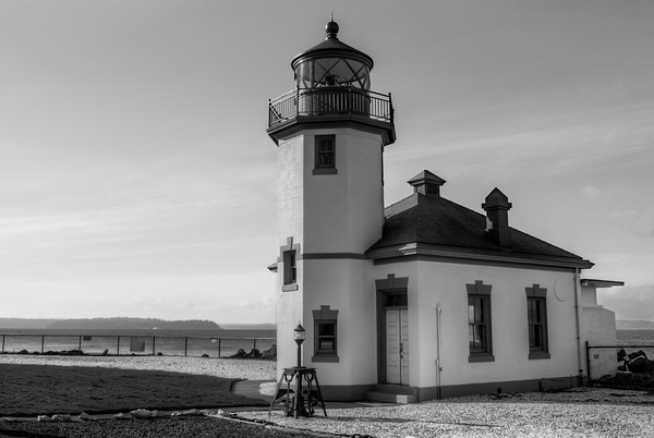 Alki Point Lighthouse BW