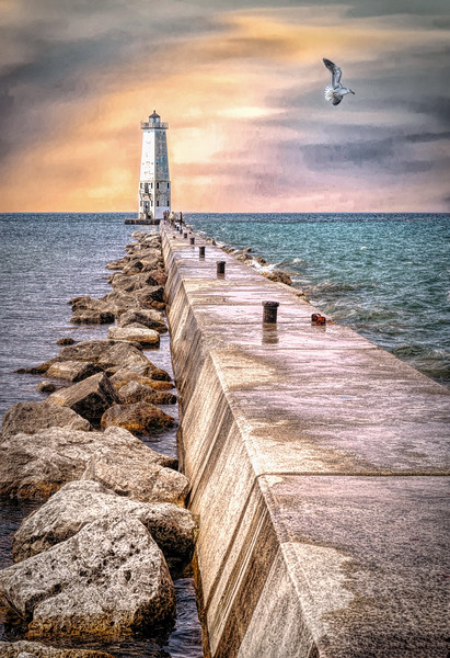LakeMichiganLighthouse_02-43A.jpg