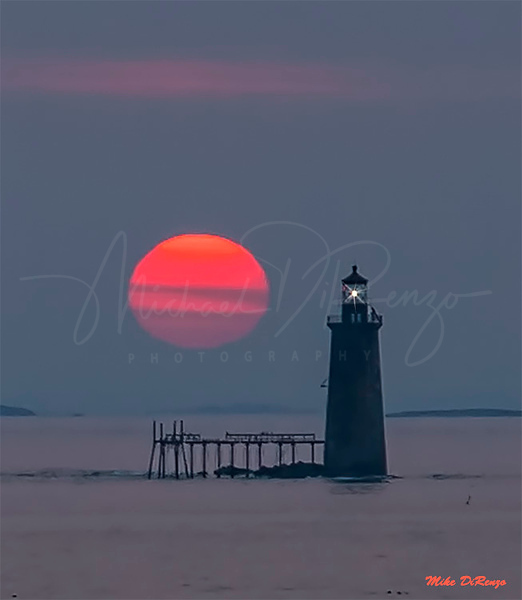 Ram's Island Lighthouse Sun Up 0917 w55