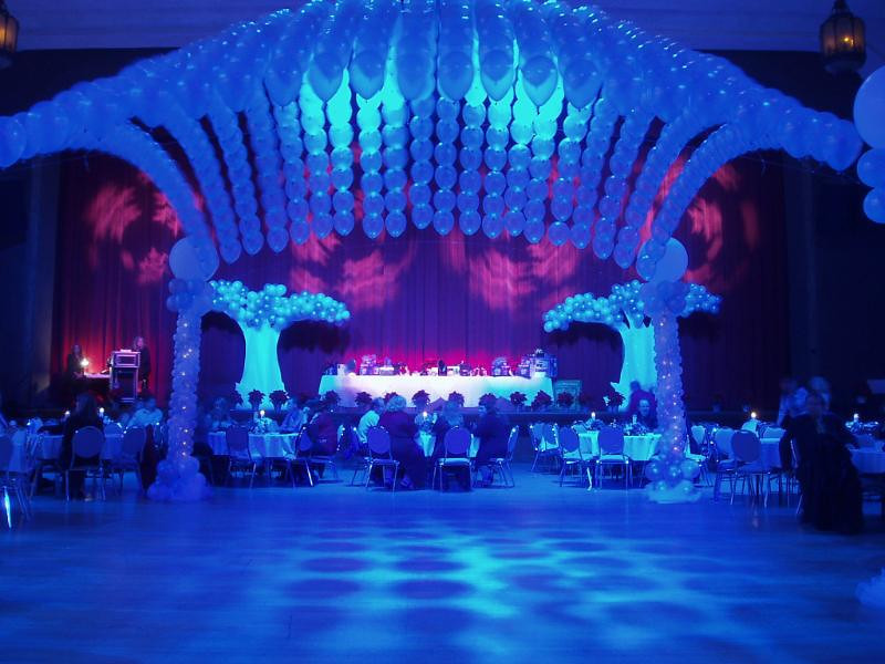 "<div id=""ibdJournal"">Corporate Party at the Riverside Municipal Auditorium, Riverside, CA."