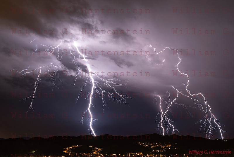 Lightning over Castaic, CA. 03-05-2019