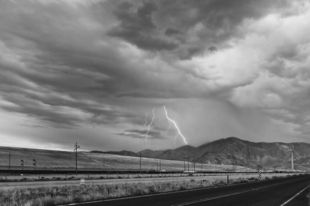 summer storm Oquirrhs