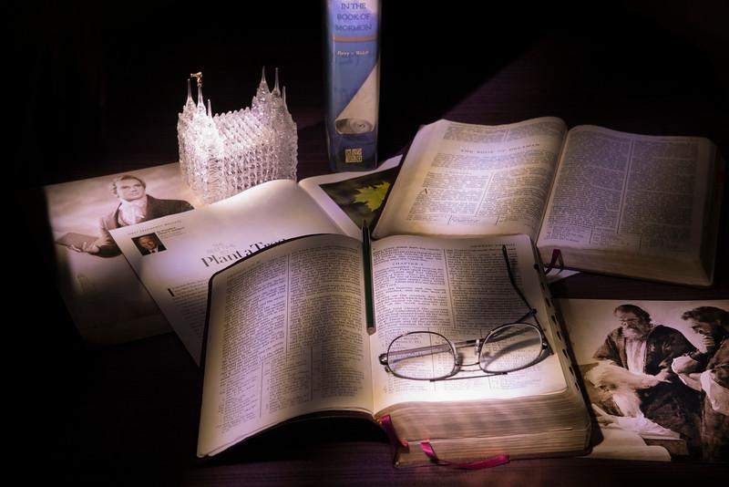 2013-12-28 Lightpainting - Scripture Study-016 (Adjusted)