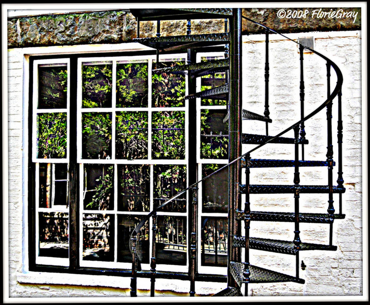Saturday Morn in Banbury <br /> ©2008 FlorieGray