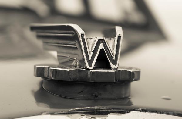 Wolseley Badge