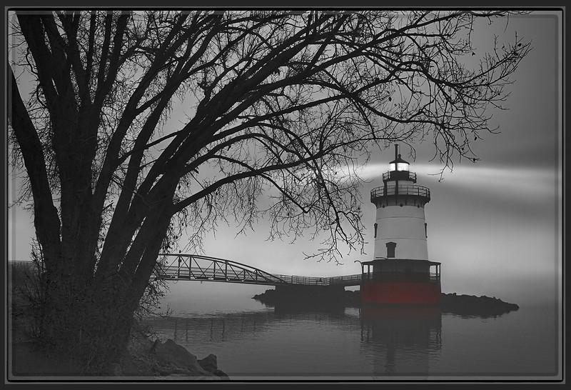 Fog on the Hudson