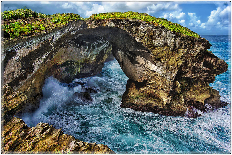 Los Arcos, Cueva del Indio, Arecibo