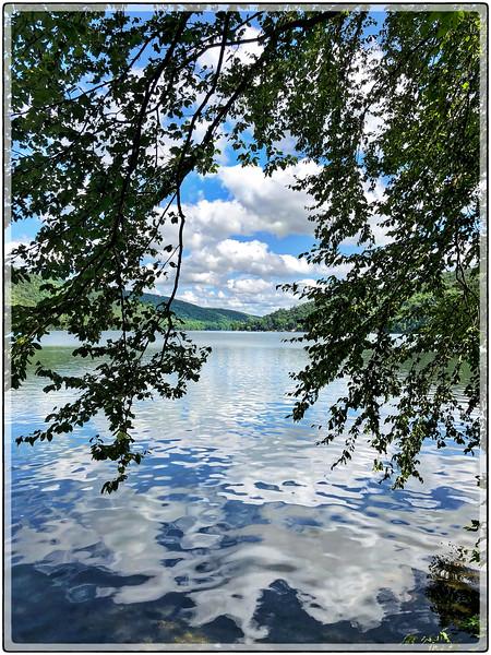 Squantz Pond