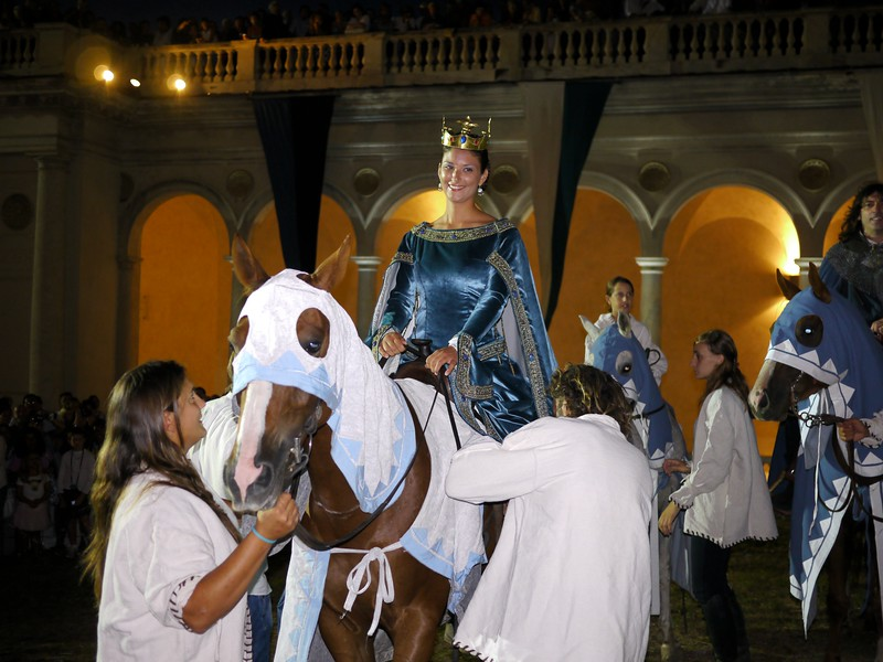 Giulia Federici interpreta Bianca de'Bianchi alla Torta dei Fieschi 2011, Lavagna (GE)