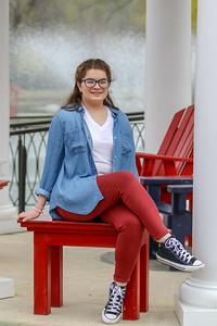 Lillian - Senior 2019-17