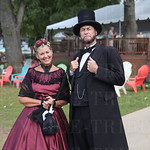 Mary and Larry Elliott as the Lincolns.