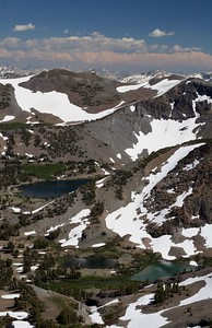 Koenig Lake (9,588 ft) and Leavitt Lake (9,556 ft).