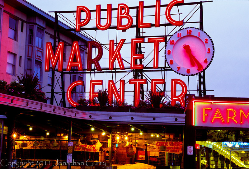1015 - Public Market, downtown Seattle, Washington.