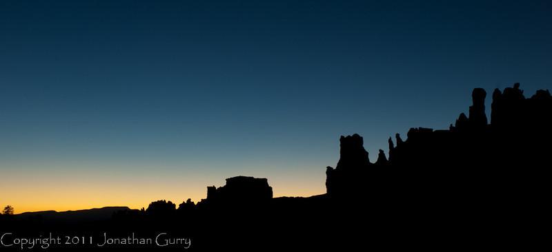1090 - Bryce Canyon National Park before sunrise, Utah.