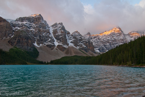 1262 - Saint Mary Lake in the Valley of the 10 Peaks.  Banff National Park, Alberta, Canada.