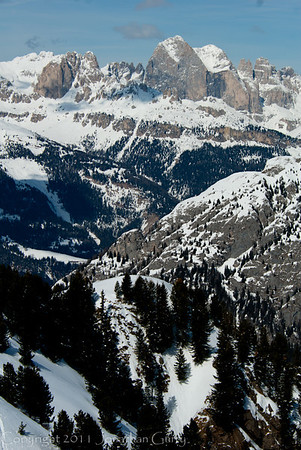 1187 - Dolomites, Northern Italy.