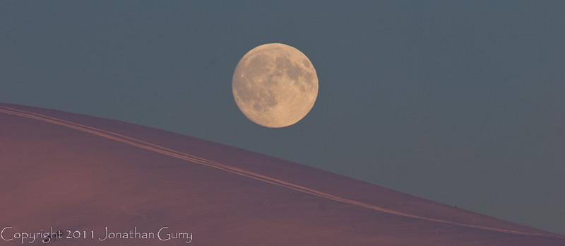 1298 - Moonrise in winter over the Alaska Range, Alaska.
