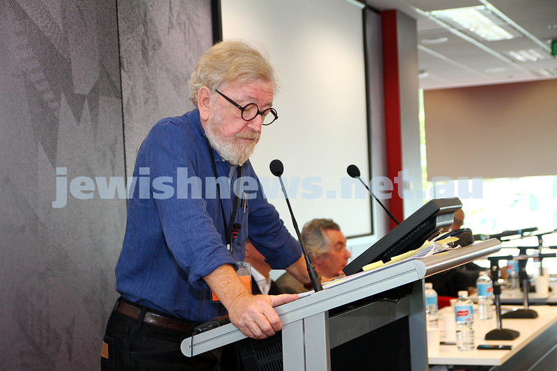 "8-6-14. Limmud Oz 2014. ""Asylum seekers: facts, politics and ethics"" Robert Richter. Photo: Peter Haskin"