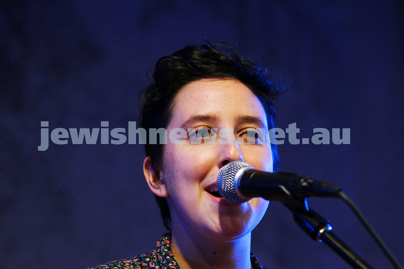 7-6-14. Limmud Oz 2014. Opening night gala.  Little Wise. Photo: Peter Haskin