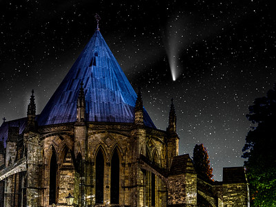 The Chapter House and the Comet