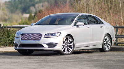 2017 Lincoln MKZ Parked Reel