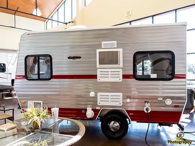 Camping - Retro 150 Trailer