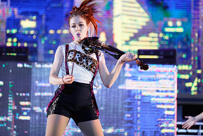 Lindsey Stirling at The Fox Theatre in  Detroit on 10-17-16.  Photo credit: Ken Settle