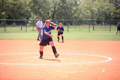 2010 Lindswey Wilson Softball_0043